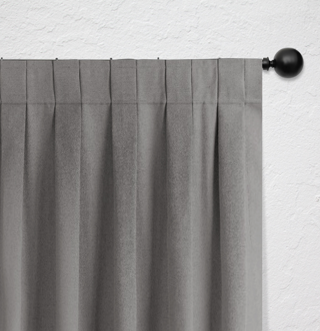 Curtain heading with flat fold